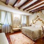 Hotel Antico Doge Venice Deluxe Room